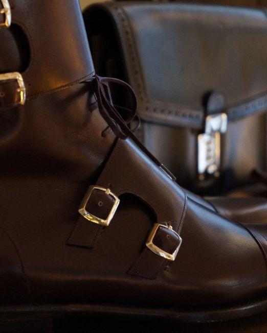 Tuscan Leather Shopping Craftsmanship