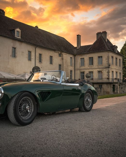 Luxury Car Tour Photoshoot. Two vintage cars in front of Italan villa in tuscan countryside Photography credit: Matt Lamers