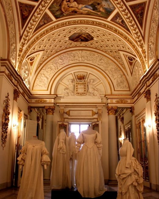 Italian Royal Fashion Archives