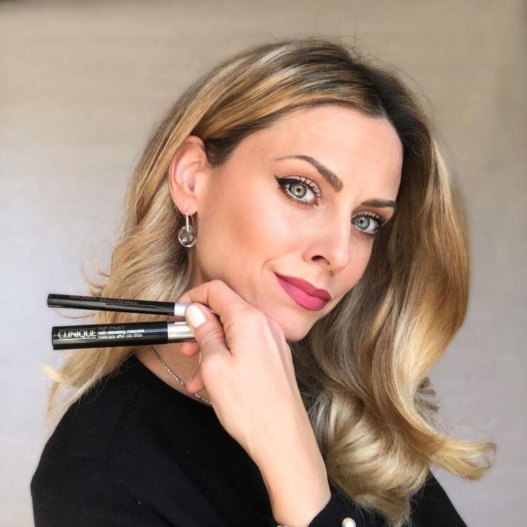Makeup Artist Ana
